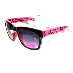 BETSEY JOHNSON Sunglasses NWT